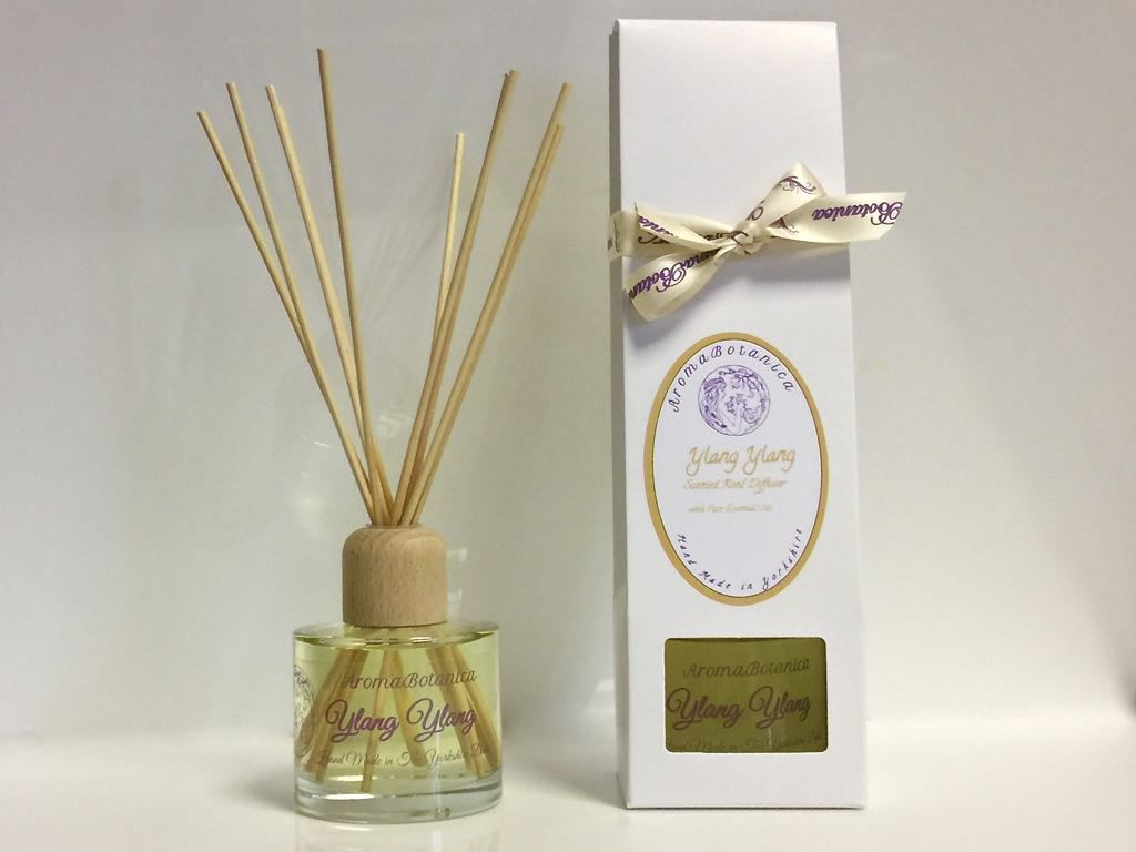 Product Reed Diffuser ~ Sandalwood jasmine essential oil reed diffuser aroma